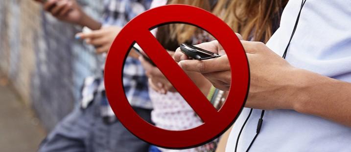 Facebook, istruzioni per l'uso: Vietato ai minori di 13 anni